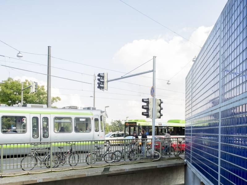 Bus und Bahn