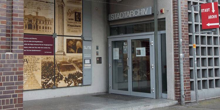Das Stadtarchiv Hannover befindet sich in Hannovers Südstadt, Am Bokemahle 14-16.