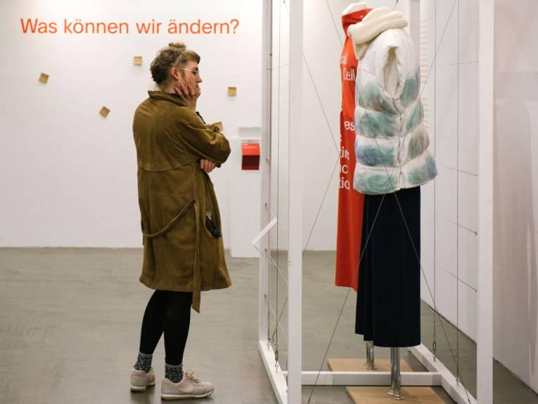 use-less. Slow Fashion: Nicole Heinsohn