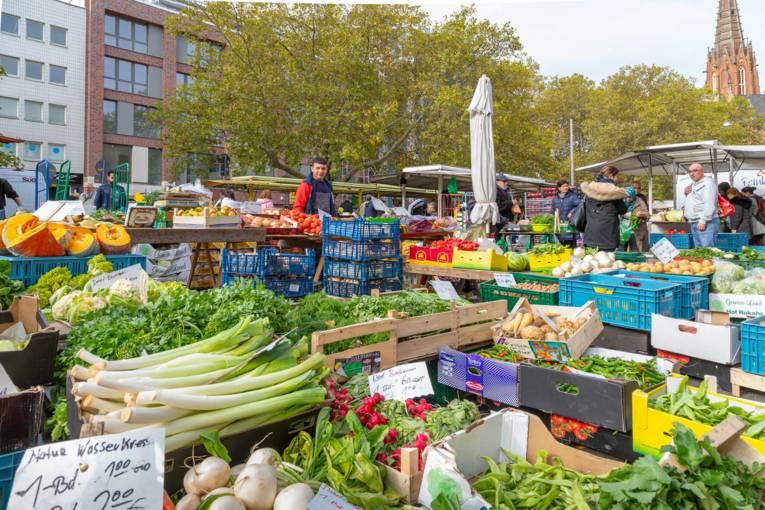 Der Wochenmarkt Hannover-Mitte am Klagesmarkt.