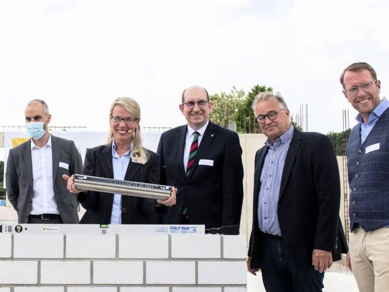 Grundsteinlegung für eine Erweiterung des Technologie Zentrums im Wissenschaftspark Marienwerder.