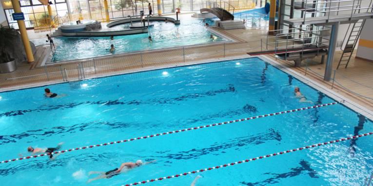 Schwimm- und Spaßbecken im aquaLaatzium