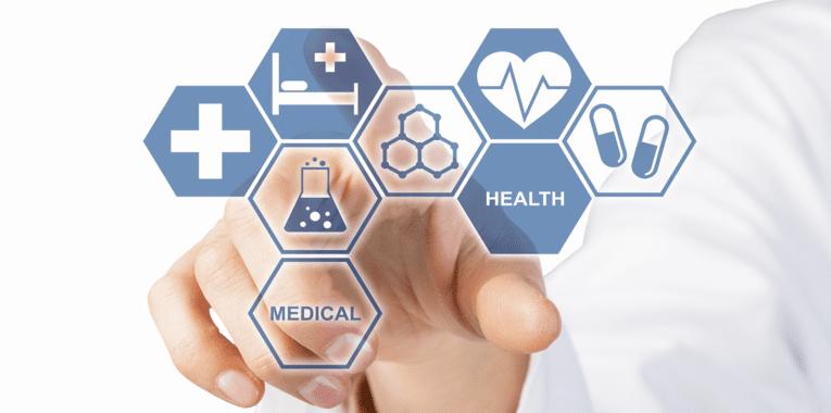 Eine Hand drückt auf visuelle Kacheln, die Icons und Begriffe der Medizin zeigen.