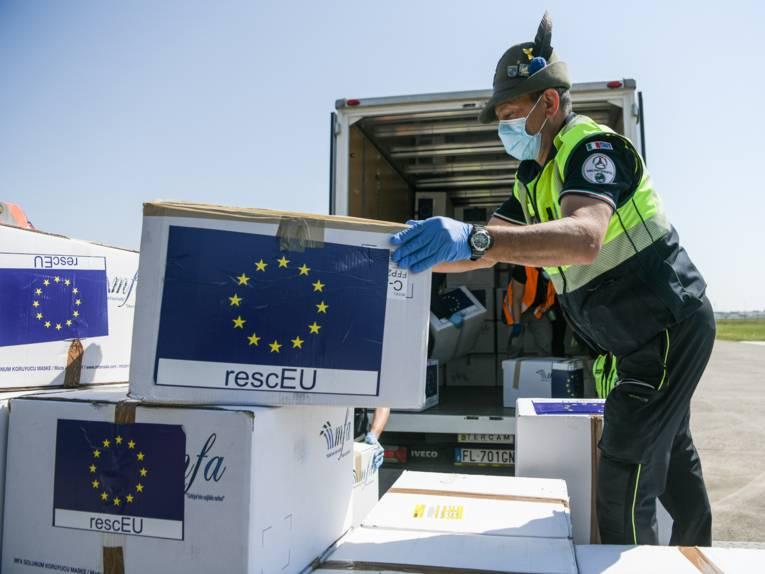 Coronavirus - Masks delivery to Italy via the rescEU capacity