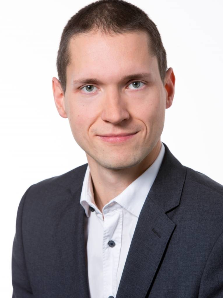 Dr. Michael Merwart