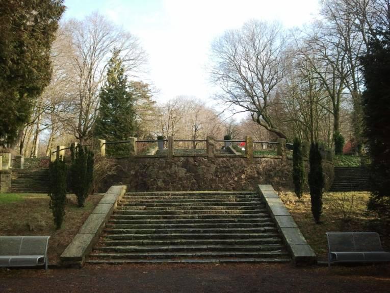 Treppenaufgang im Park