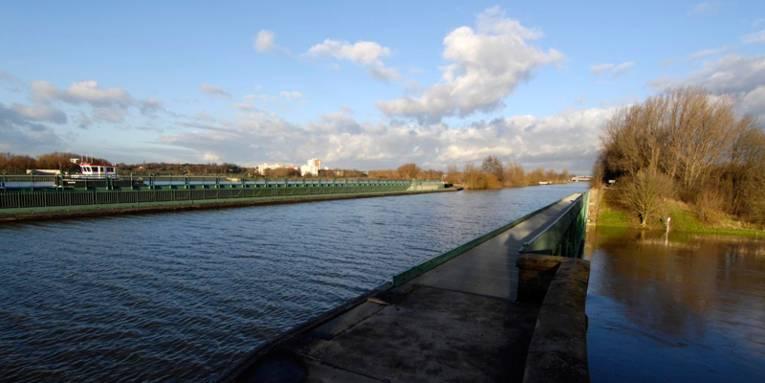 Trogbrücke