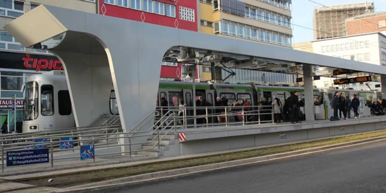 Haltestelle einer Straßenbahn