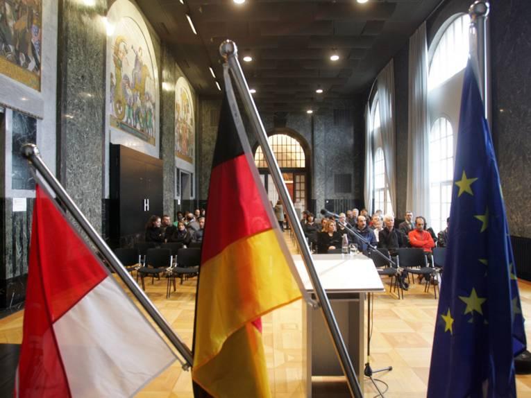 Einbürgerungszeremonie im Neuen Rathaus