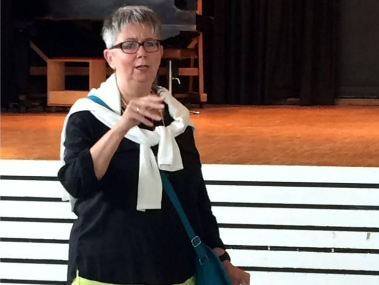 Bezirksbürgermeisterin Schlienkamp eröffnete das Fest.