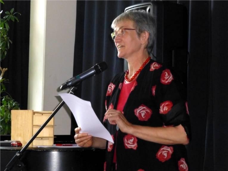 Frau Ziegler hielt die Laudatio für die Träger des Integrationspreises.