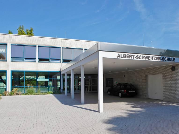 Überdachter Eingang zur Albert-Schweitzer-Schule