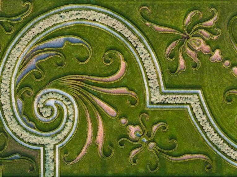 Aus der Luft gesehen: Ein Ornament im Parterre des Großen Garten