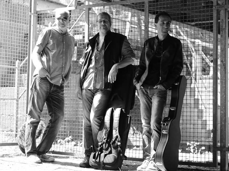 Drei Männer.