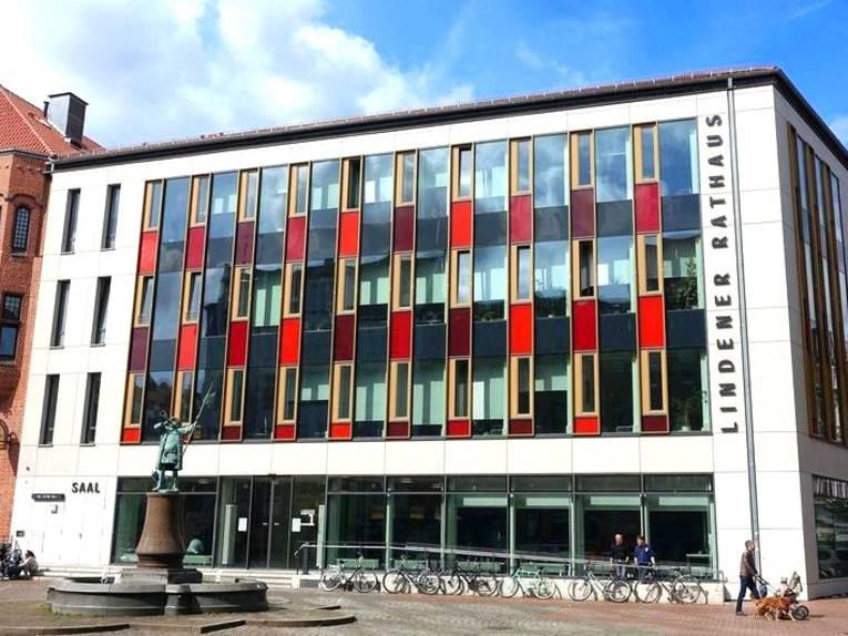 Ein Bild vom Lindener Rathaus