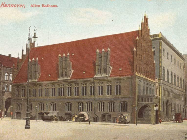 Altes Rathaus. Kolorierte Foto-Postkarte, 1900-1919