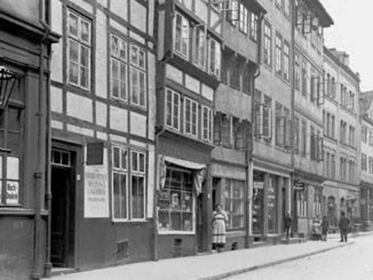 Burgstraße 34-39