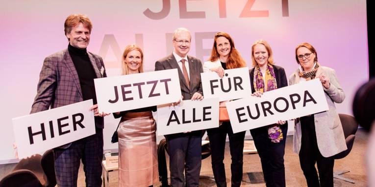 HIER JETZT ALLE für Europa - Hannover auf dem Weg zur Kulturhauptstadt Europas 2025