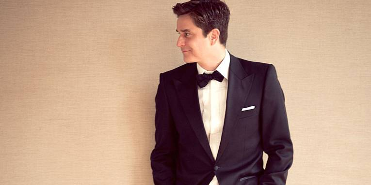 Der bekannte Musiker Oliver Perau singt unter seinem Pseudonym Juliano Rossi Jazz- und Swingmusik.
