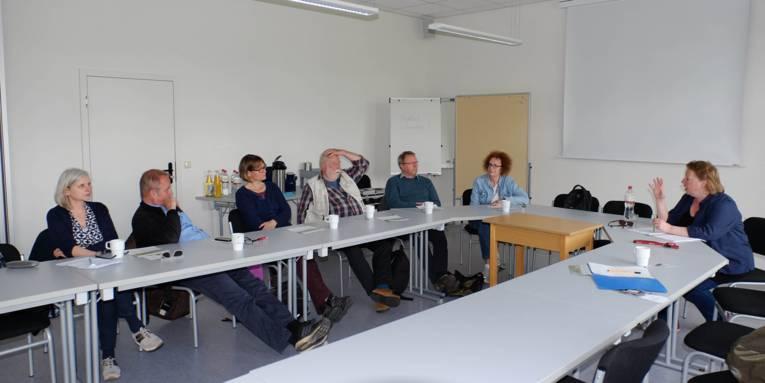 Gespräche in der Gedenkstätte Neuengamme