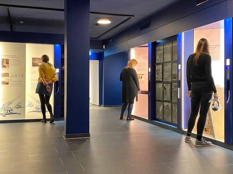 Blick in die Ausstellung im ZeitZentrum Zivilcourage