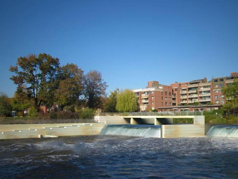 Fotomontage der geplanten Wasserkraftanlage im Döhrener Leinewehr