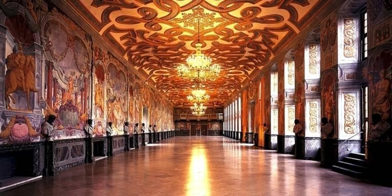 Innenansicht der Galerie Herrenhausen