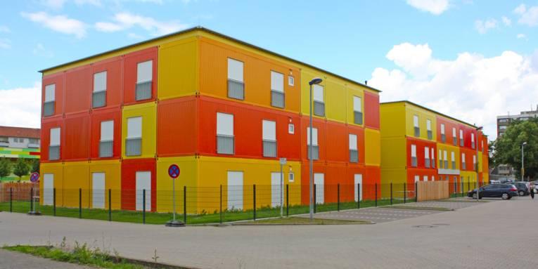 Modulanlage für die Unterbringung von Flüchtlingen im Stadtteil Mittelfeld