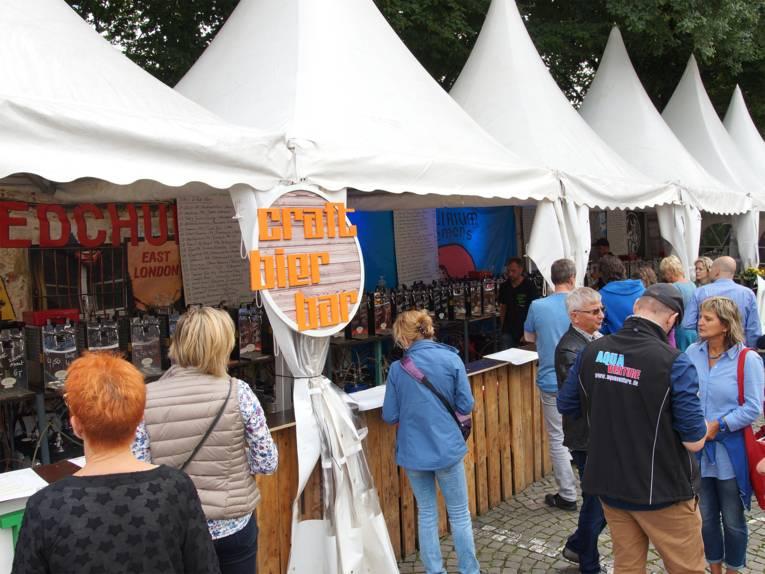Craft Bier Fest auf dem Fest der Kulturen: handgemachte Craftbiere aus der Region und aller Welt.