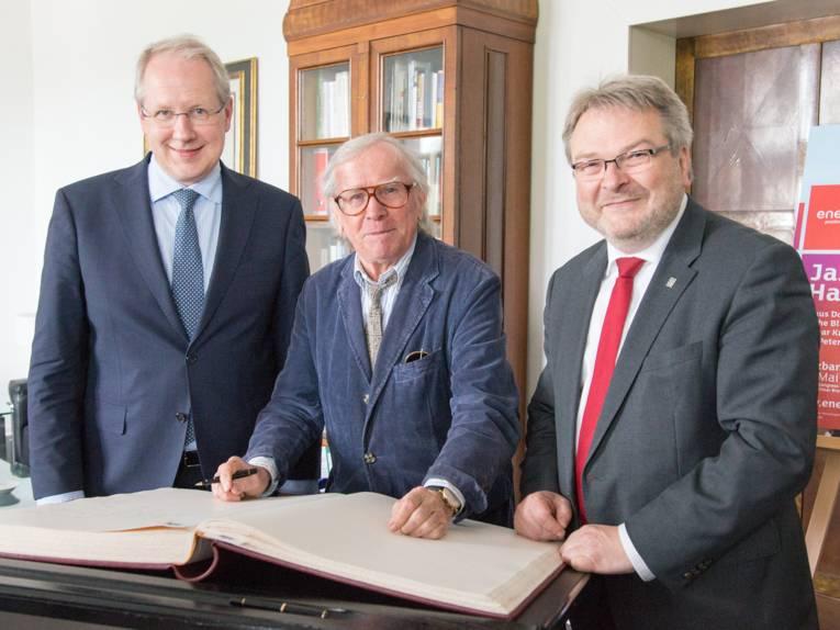 Oberbürgermeister Stefan Schostok, Klaus Doldinger und Bürgermeister Thomas Hermann