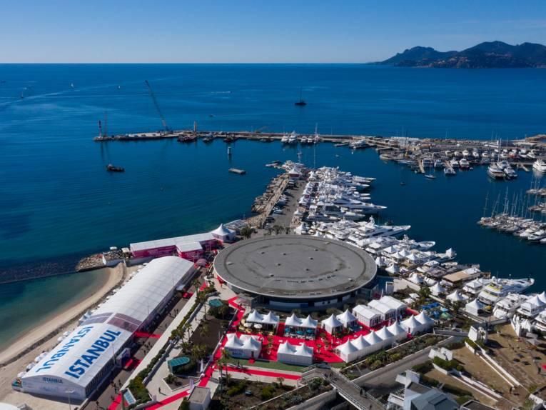 Luftansicht des Festivalgeländes in Cannes