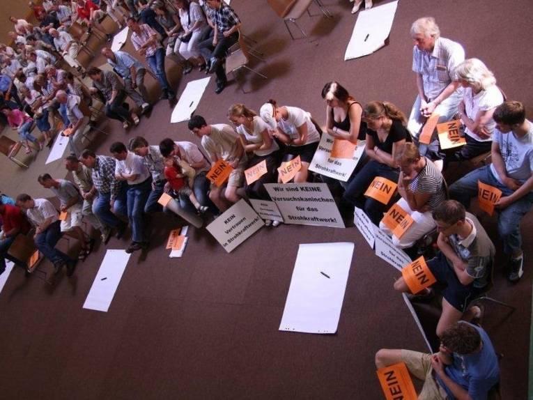 Bürgerinnen und Bürger nehmen aktiv an einem Workshops des Bürgerbüros Stadtentwicklung teil.
