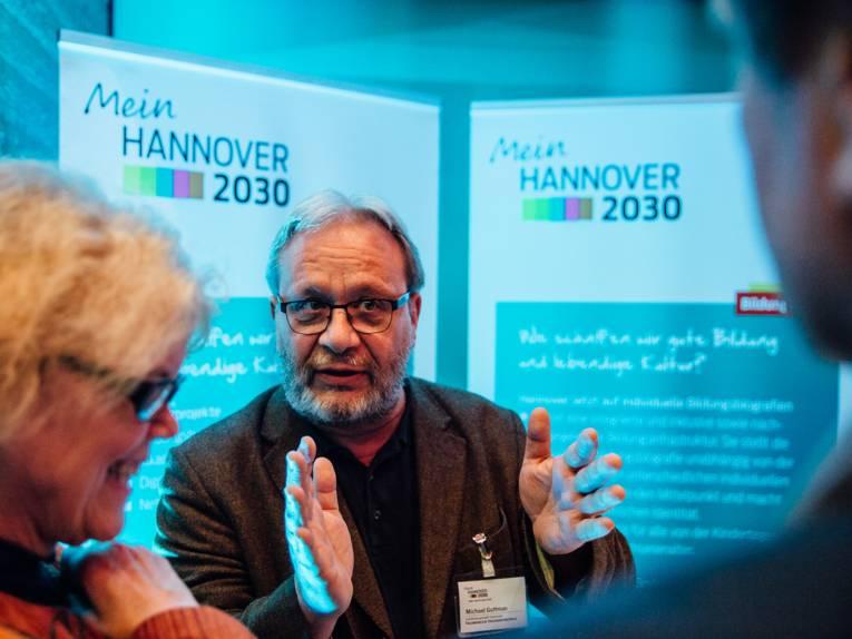 Leiter der VHS Hannover Michael Guttmann