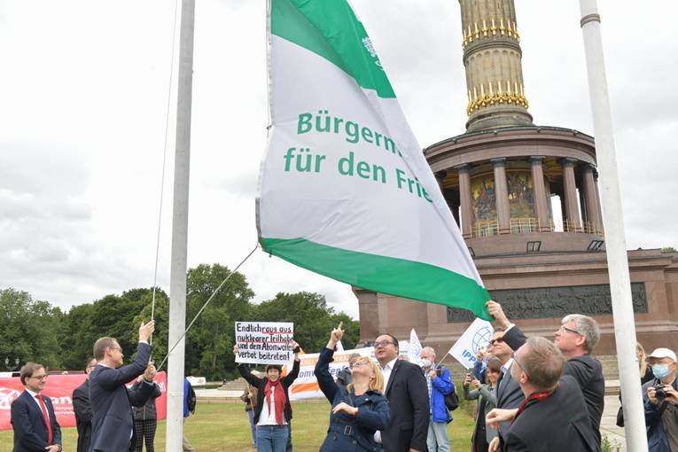 Flaggentag in Berlin