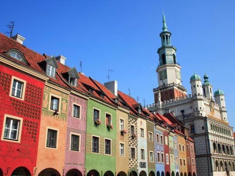 Alter Markt in Poznan mit bunten Häusern