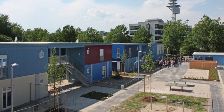 Unterkunft Feodor-Lynen-Straße
