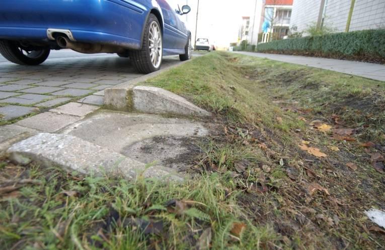 Straßenentwässerung durch Mulden- Rigolensystem