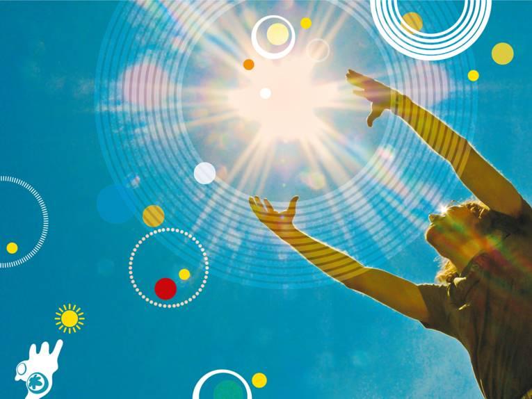 """Motiv der Kampagne """"Hannover auf Sonnenfang"""" - Eine Person versucht mit den Händen die Sonne zu fangen"""