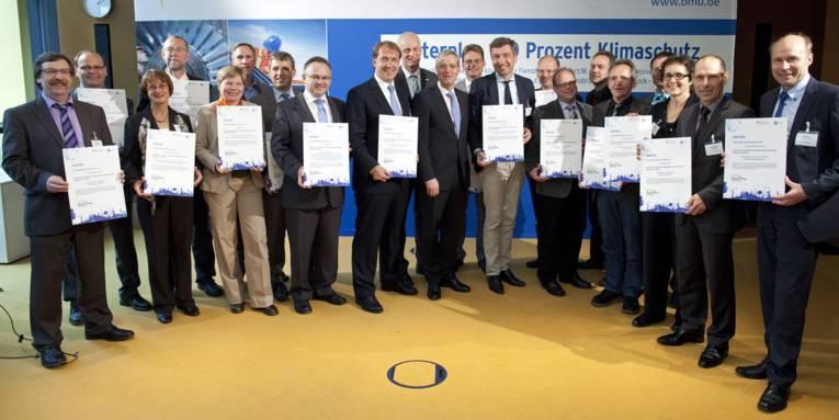 VertreterInnen der 19 mit dem BMU-Förderpreis ausgezeichneten Kommunen