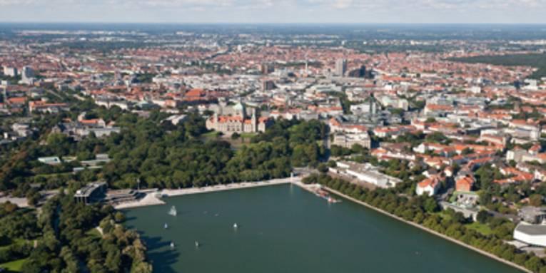 Maschsee und Hannovers Innenstadt aus der Vogelperspektive