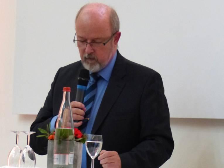 Der Polizeipräsident Volker Kluwe am Rednerpult