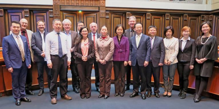 Gruppenfoto: Empfang der Changsha Delegation durch Bürgermeisterin Kramarek
