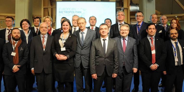 Gruppenaufnahme der Delegation von Bürgermeisterinnen und Bürgermeistern