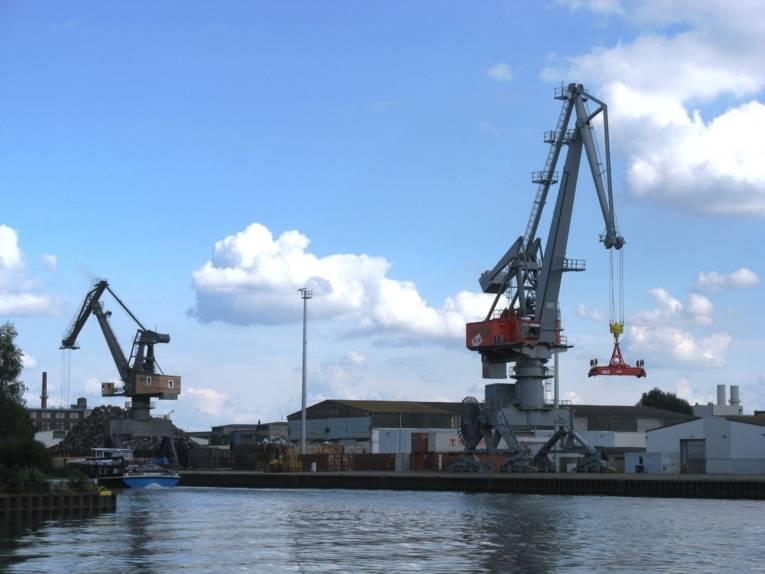 Nordhafen CT1 - Kran 10 + 1