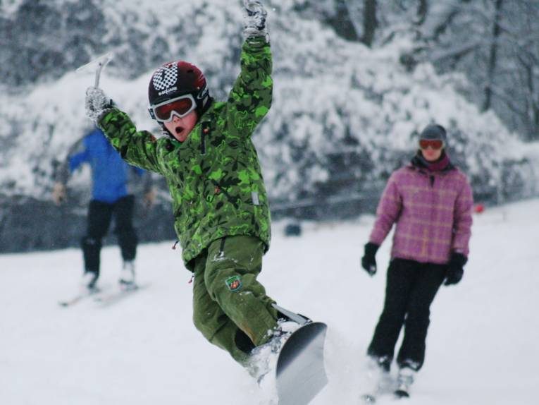 Ski- und Snowboadvergnügen am Deister