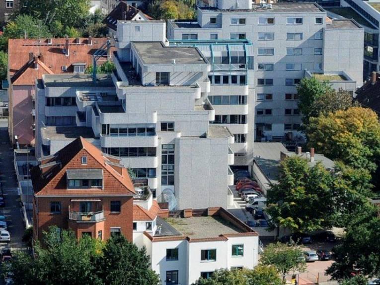 The Kommunale Hochschule für Verwaltung in Niedersachsen offers two Bachelor's courses.