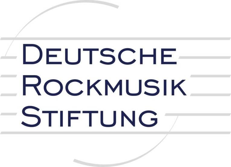 Logo mit Notenlinien und der Schrift Deutsche Rockmusik Stiftung
