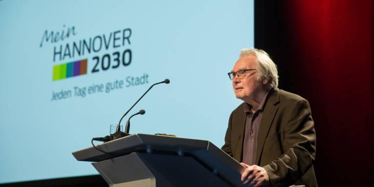 Prof. Dr. Oskar Negt