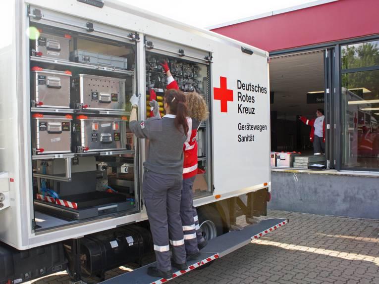 Gerätewagen des Deutschen Roten Kreuzes