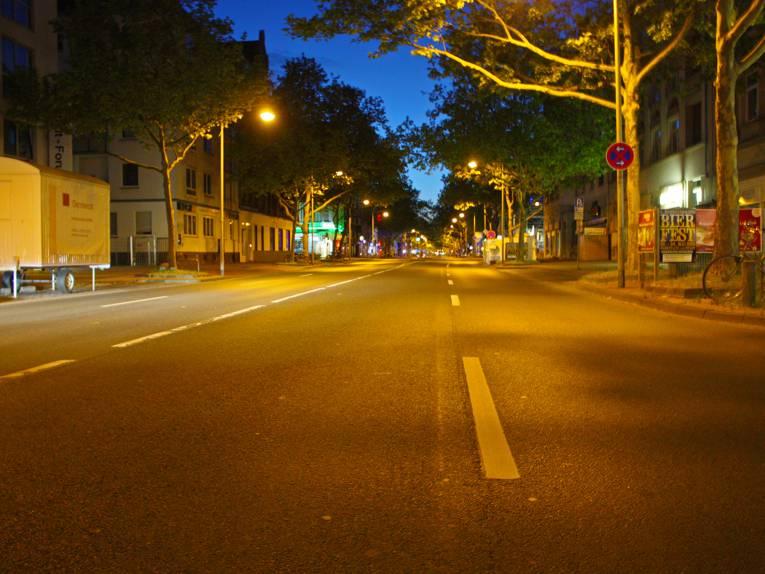 Leere Straße in der Südstadt